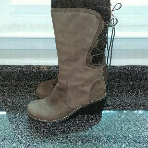 26852acd343 UGG Skyler Boots
